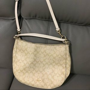 Coach Bag is great condition